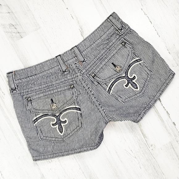 Miss Me Pants - Miss Me Jean Short's.  Size 27.